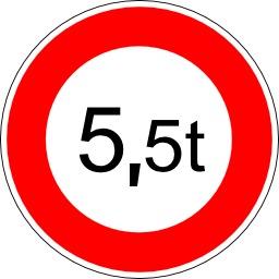 Panneau d'interdiction aux véhicules de plus de 5 tonnes 5. Source : http://data.abuledu.org/URI/5137757c-panneau-d-interdiction-aux-vehicules-de-plus-de-5-tonnes-5