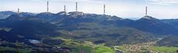 Panorama du chaînon d'Ester. Source : http://data.abuledu.org/URI/50f51517-panorama-du-chainon-d-ester