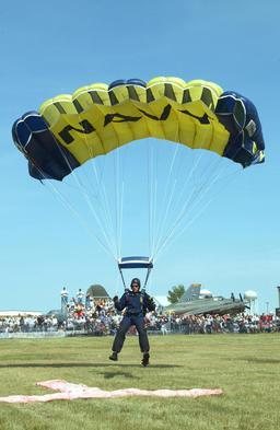 Parachute. Source : http://data.abuledu.org/URI/501a7bd0-parachute