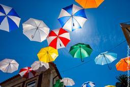 Parasols de Vila Nova de Cerveira. Source : http://data.abuledu.org/URI/550713dd-parasols-de-vila-nova-de-cerveira