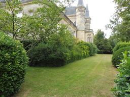 Parc du Château Malleret à Cadaujac. Source : http://data.abuledu.org/URI/594e9f02-parc-du-chateau-malleret-a-cadaujac
