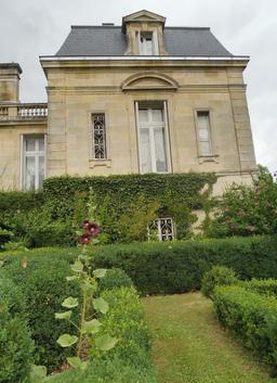 Parc du Château Malleret à Cadaujac. Source : http://data.abuledu.org/URI/594ea61d-parc-du-chateau-malleret-a-cadaujac