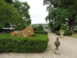 Parc du Château Malleret à Cadaujac, côté Garonne. Source : http://data.abuledu.org/URI/594ea2c0-parc-du-chateau-malleret-a-cadaujac-cote-garonne