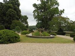 Parc du Château Malleret à Cadaujac, côté Garonne. Source : http://data.abuledu.org/URI/594ea44e-parc-du-chateau-malleret-a-cadaujac-cote-garonne