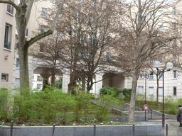Passage piéton rue de Saussure à Paris. Source : http://data.abuledu.org/URI/58c661d9-passage-pieton-rue-de-saussure-a-paris
