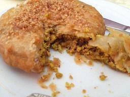 Pastilla au poulet. Source : http://data.abuledu.org/URI/529eef79-pastilla-au-poulet