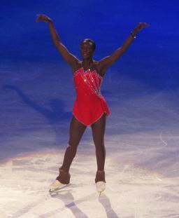 Patineuse à glace. Source : http://data.abuledu.org/URI/58852bcf-patineuse-a-glace