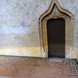 Pavement du XIIIème siècle au Palais de la Berbie à Albi. Source : http://data.abuledu.org/URI/59c18d60-pavement-du-xiiieme-siecle-au-palais-de-la-berbie-a-albi