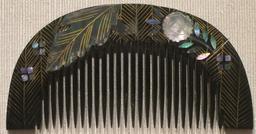 Peigne japonais. Source : http://data.abuledu.org/URI/53a88fab-peigne-japonais