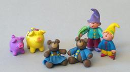 Personnages et animaux en pâte à modeler. Source : http://data.abuledu.org/URI/534ed1da-personnages-et-animaux-en-pate-a-modeler