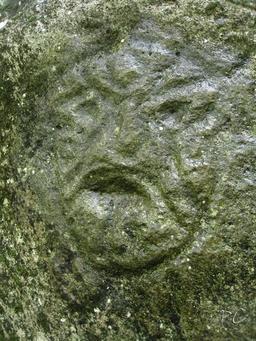 Pétroglyphe en Guadeloupe. Source : http://data.abuledu.org/URI/5295ce3e-petroglyphe-en-guadeloupe