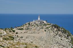 Phare du Cap Formentor à Majorque. Source : http://data.abuledu.org/URI/58dd7795-phare-du-cap-formentor-a-majorque