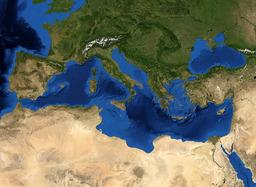 Photo aérienne de la Mer Méditerranée. Source : http://data.abuledu.org/URI/5073ff80-photo-aerienne-de-la-mer-mediterranee