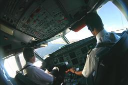 Pilotes de ligne. Source : http://data.abuledu.org/URI/50452e94-pilotes-de-ligne-