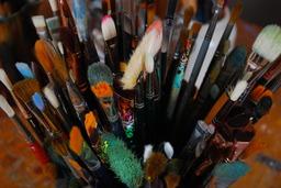Pinceaux des beaux-arts. Source : http://data.abuledu.org/URI/501f00a6-pinceaux-des-beaux-arts