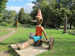Pinocchio à Moscou. Source : http://data.abuledu.org/URI/519e3c47-pinocchio-a-moscou