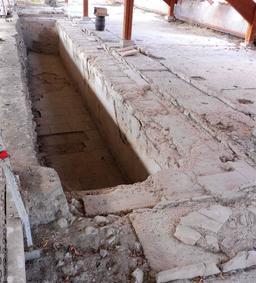 Piscine et mosaïque gallo-romaine de Loupiac-33. Source : http://data.abuledu.org/URI/599aa8ad-piscine-et-mosaique-gallo-romaine-de-loupiac-33