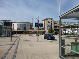 Place de la gare de Dijon. Source : http://data.abuledu.org/URI/5820e181-place-de-la-gare-de-dijon