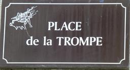 Place de la trompe à Salies-de-Béarn. Source : http://data.abuledu.org/URI/5865d9d6-place-de-la-trompe-a-salies-de-bearn