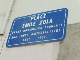 Place Émile Zola à Dijon. Source : http://data.abuledu.org/URI/592691c0-place-emile-zola-a-dijon