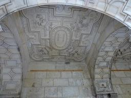 Plafond de la Maison Henry II à La Rochelle. Source : http://data.abuledu.org/URI/5821ea7b-plafond-de-la-maison-henry-ii-a-la-rochelle
