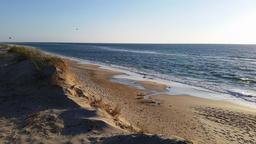 Plage océane en avril - 02. Source : http://data.abuledu.org/URI/571e8861-plage-oceane-en-avril-02
