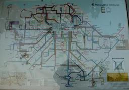 Plan des transports en commun à Édimbourg. Source : http://data.abuledu.org/URI/55df7042-plan-des-transports-en-commun-a-edimbourg
