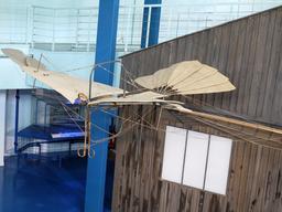 Planeur Biot Massia de 1879 au Musée du Bourget. Source : http://data.abuledu.org/URI/52718811-planeur-biot-massia-de-1879-au-musee-du-bourget