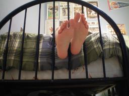 Plante des pieds. Source : http://data.abuledu.org/URI/5373a5a3-plante-des-pieds