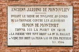 Plaque de Simon de Monfort à Toulouse. Source : http://data.abuledu.org/URI/596d7347-plaque-de-simon-de-monfort-a-toulouse