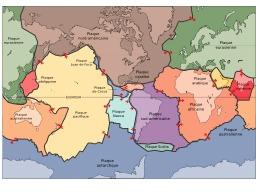Plaques tectoniques. Source : http://data.abuledu.org/URI/503d3653-plaques-tectoniques