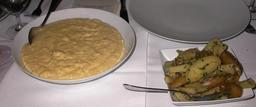 Plat de polenta et légumes. Source : http://data.abuledu.org/URI/5198bee2-plat-de-polenta-et-legumes