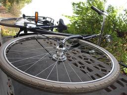 Pneu vélo Dunlop. Source : http://data.abuledu.org/URI/56571fdb-pneu-velo-dunlop