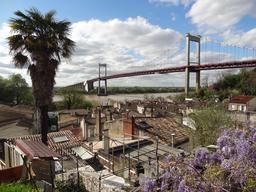 Pont d'aquitaine à Bordeaux. Source : http://data.abuledu.org/URI/5148c0e0-pont-d-aquitaine-a-bordeaux