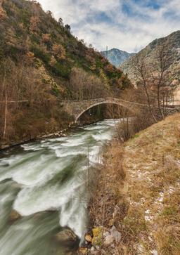 Pont de la Margineda en Andorre. Source : http://data.abuledu.org/URI/55172ae5-pont-de-la-margineda-en-andorre