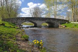 Pont en pierre en Estonie. Source : http://data.abuledu.org/URI/58a0301d-pont-en-pierre-en-estonie