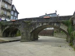 Pont en pierre sur le Saleys. Source : http://data.abuledu.org/URI/586621e5-pont-en-pierre-sur-le-saleys