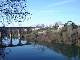 Pont ferroviaire d'Albi. Source : http://data.abuledu.org/URI/596d66fb-pont-ferroviaire-d-albi