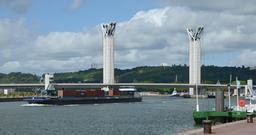 Pont levant de Rouen. Source : http://data.abuledu.org/URI/555b022b-pont-levant-de-rouen