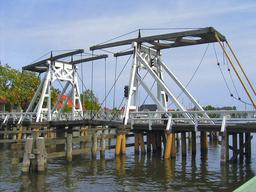 Pont-levis de Wieck. Source : http://data.abuledu.org/URI/52d51e4f-pont-levis-de-wieck