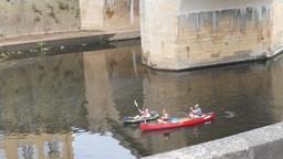 Pont sur la Vézère à Montignac-24. Source : http://data.abuledu.org/URI/5994e7ff-pont-sur-la-vezere-a-montignac-24