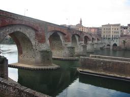 Pont vieux d'Albi. Source : http://data.abuledu.org/URI/596d667e-pont-vieux-d-albi