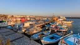 Port de pêche d'Agia Napa à Famagouste. Source : http://data.abuledu.org/URI/58cdf4b2-port-de-peche-d-agia-napa-a-famagouste