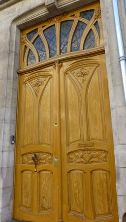 Porte art nouveau avenue Foch à Nancy. Source : http://data.abuledu.org/URI/58190c94-porte-art-nouveau-avenue-foch-a-nancy