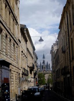 Porte Cailhau à Bordeaux. Source : http://data.abuledu.org/URI/59075506-porte-cailhau-a-bordeaux