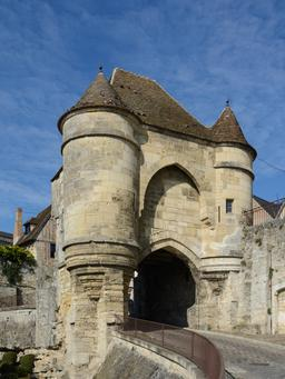 Porte d'Ardon à Laon. Source : http://data.abuledu.org/URI/5652cd01-porte-d-ardon-a-laon