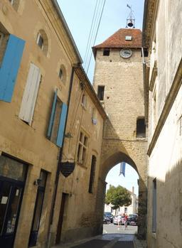 Porte de la Benauge à Saint-Macaire-33. Source : http://data.abuledu.org/URI/599a985c-porte-de-la-benauge-a-saint-macaire-33