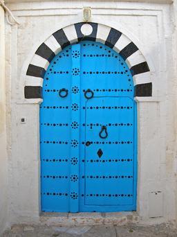 Porte tunisienne. Source : http://data.abuledu.org/URI/5042676f-porte-tunisienne