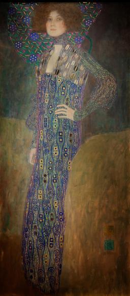 Portrait d'Emilie Flöge en 1902. Source : http://data.abuledu.org/URI/53e7e900-portrait-d-emilie-floge-en-1902