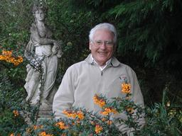 Portrait de James Lovelock. Source : http://data.abuledu.org/URI/5539f959-portrait-de-james-lovelock